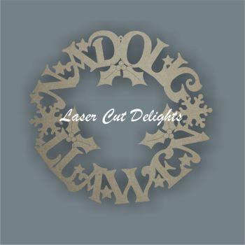Wreath Welsh or English - (Nadolig Llawen/Merry Christmas) / Laser Cut Delights