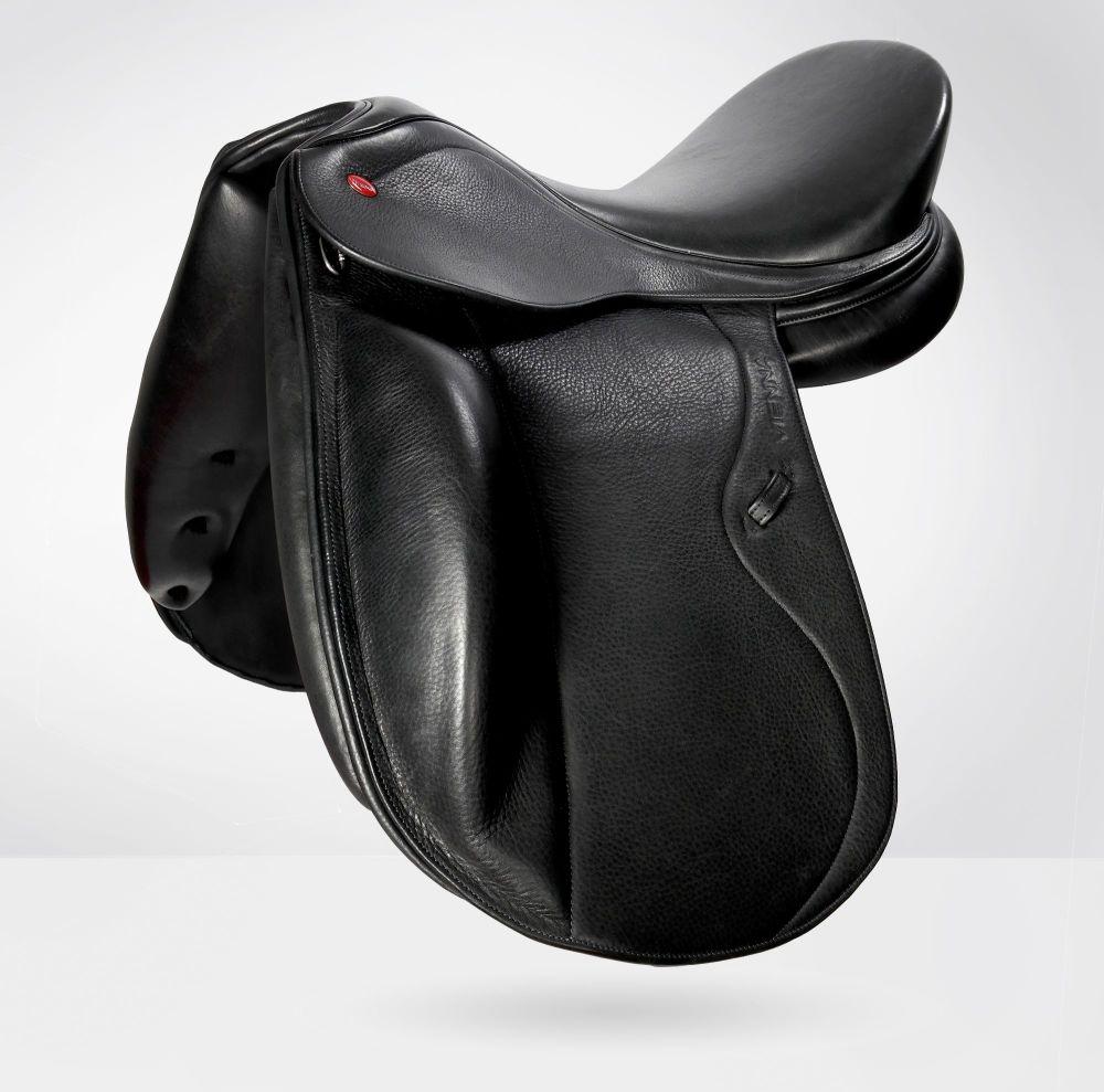 John Whitaker Vienna Dressage Saddle-Interchageable Gullet-Black