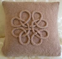 Celtic Cushion Cover Pattern - Celtic Knot