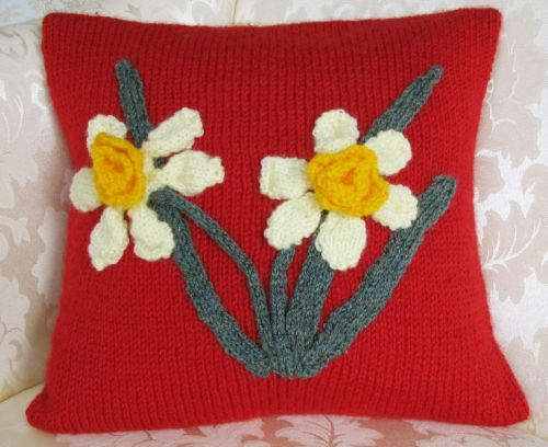 Patriotic Cushion Cover Pattern - Welsh Daffodil
