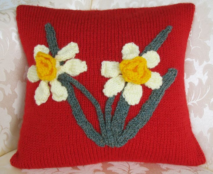 Pattern Collection - Patriotic Cushion Cover - Welsh Daffodil