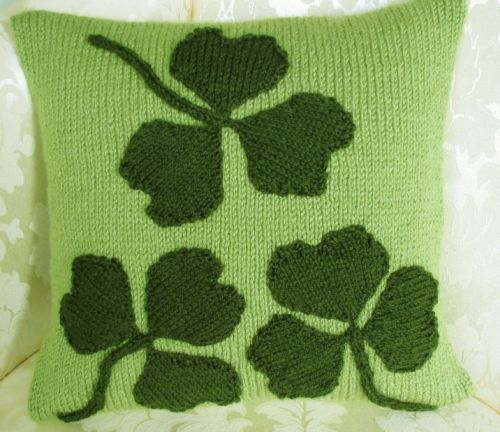 Patriotic Cushion Cover Pattern - Irish Shamrock