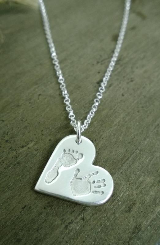 necklac heart shape