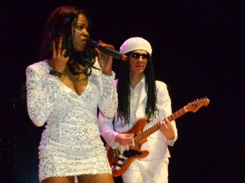 chic tribute le freak