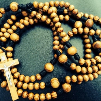 dominican rosary beads with faith