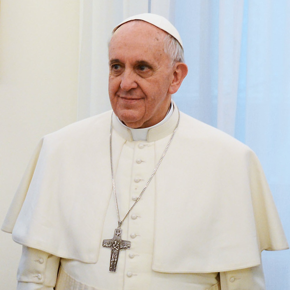 Pope Francis urges Catholics To Pray the Rosary