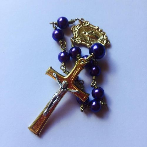Glass Pearl Miraculous Medal decade Rosary Beads