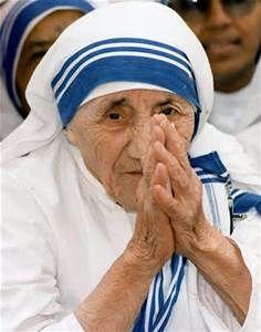Saint Teresa of Calcutta praying image Beads with Faith