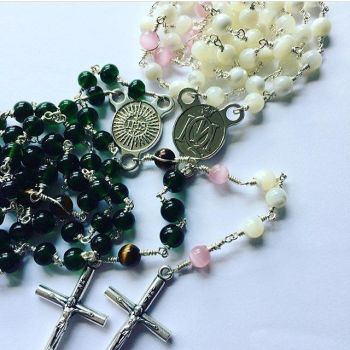Mary Immaculate Queen Rosary Beads Beads with Faith