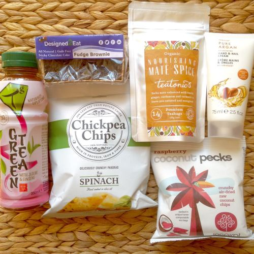 september 2015 mini vegan flowbox contents thoughts subscription box uk - l