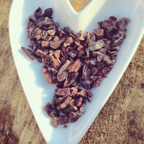 inspiral cacao nibs review - energy balls superfood recipe - lylia rose hea