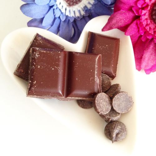 chocolate trading co dark bar drops review - lylia rose uk food snack blogg