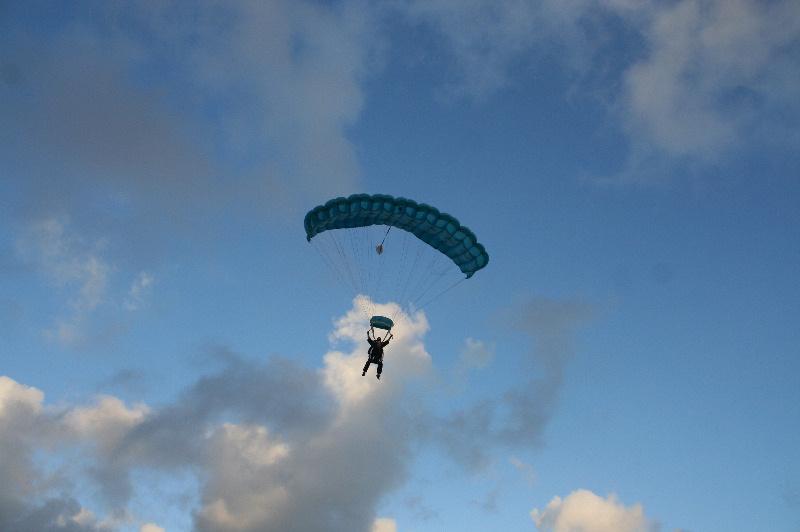 lylia rose skydive photo Sept 2011 lifestyle blog post