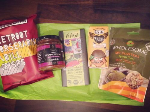 december flowbox contents mini vegan subscription box uk lylia rose blog