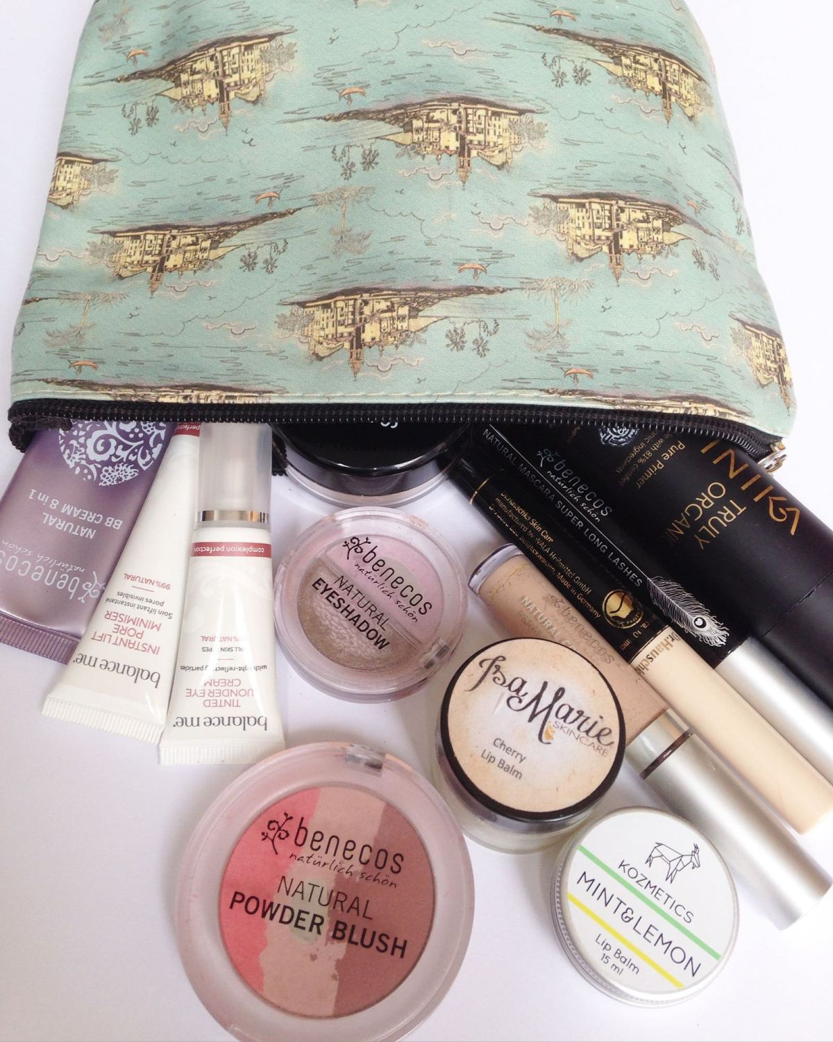 whats in my natural make up bag lylia rose beauty blog post uk