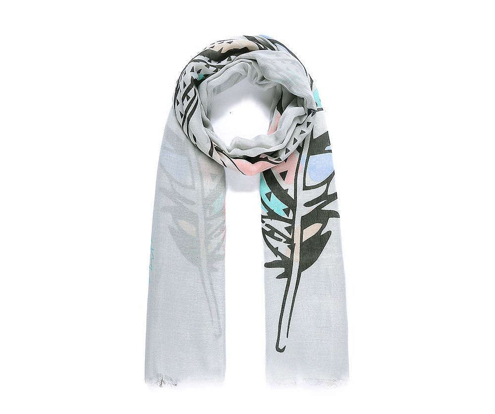 Artistic Feather Print Scarf