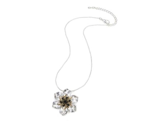 Silver Metal Flower Necklace