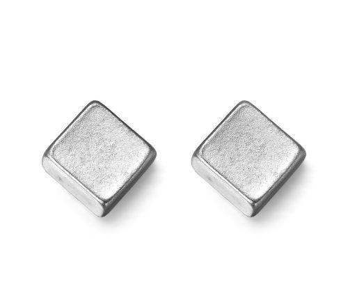 Matt Silver Diamond Metal Minima lFashion Earrings 0.7cm