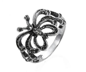 Antique Silver Butterfly Cutout 18mm Ring with Black Crystal Diamante Stones