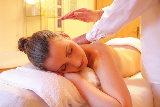 6 Ways to Recharge on your Day Off massage