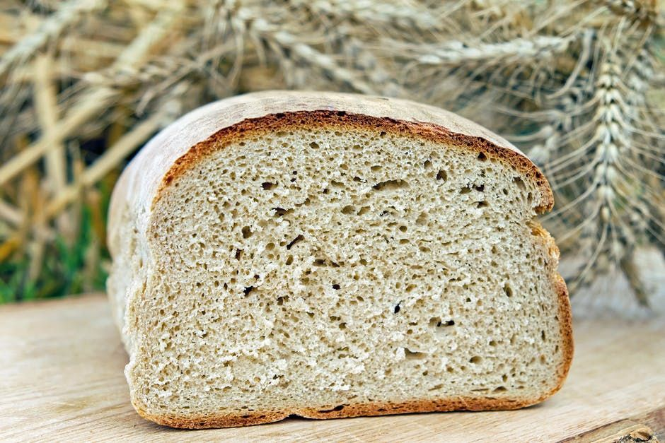 Why you should choose wholemeal bread over white