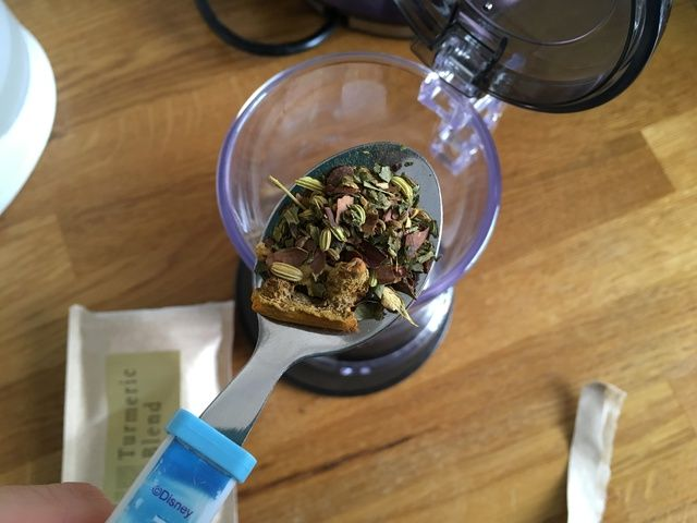 Close Up Tea Leaves - Warming Autumn Flavours - The Tea Makers Review