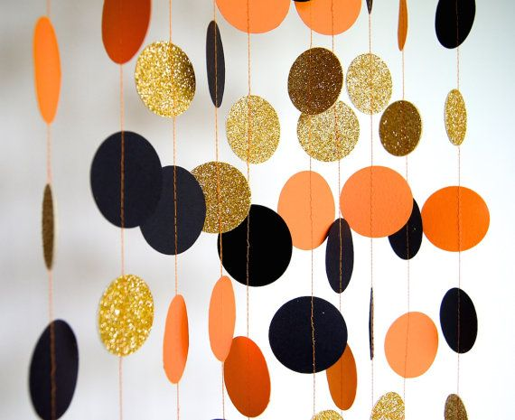 Halloween Costume and Décor Inspiration from Etsy garland