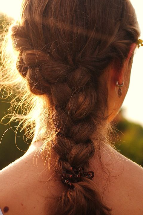 must have hair style trends for 2018 plaits