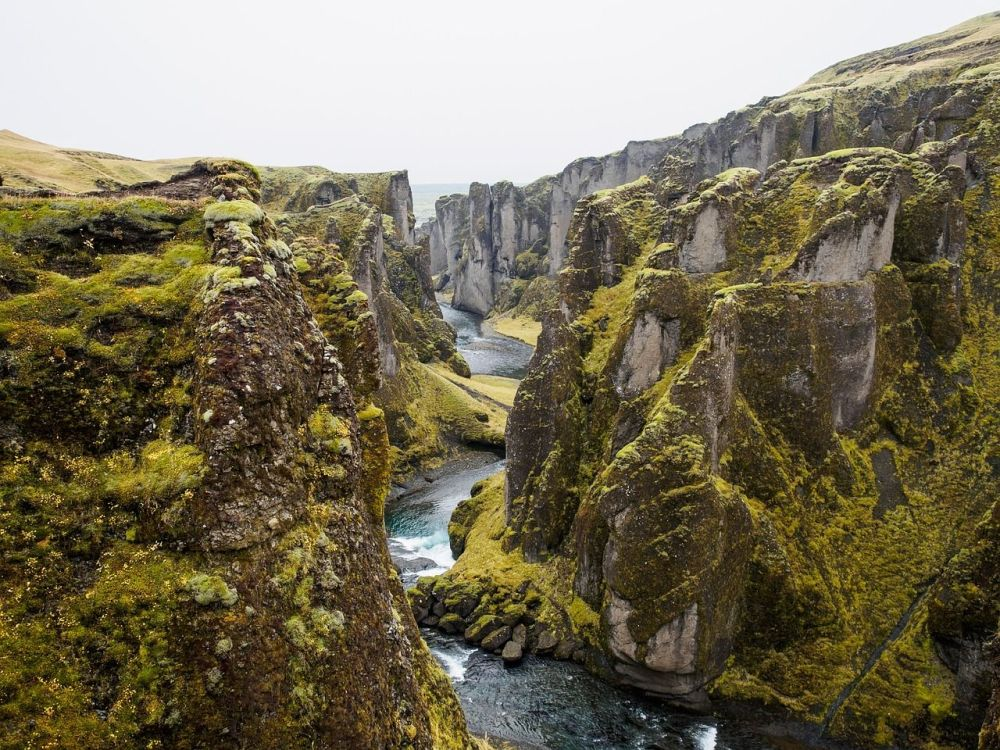 7 Greatest Destinations For Geographical Weirdness - thingvellir tectonic p