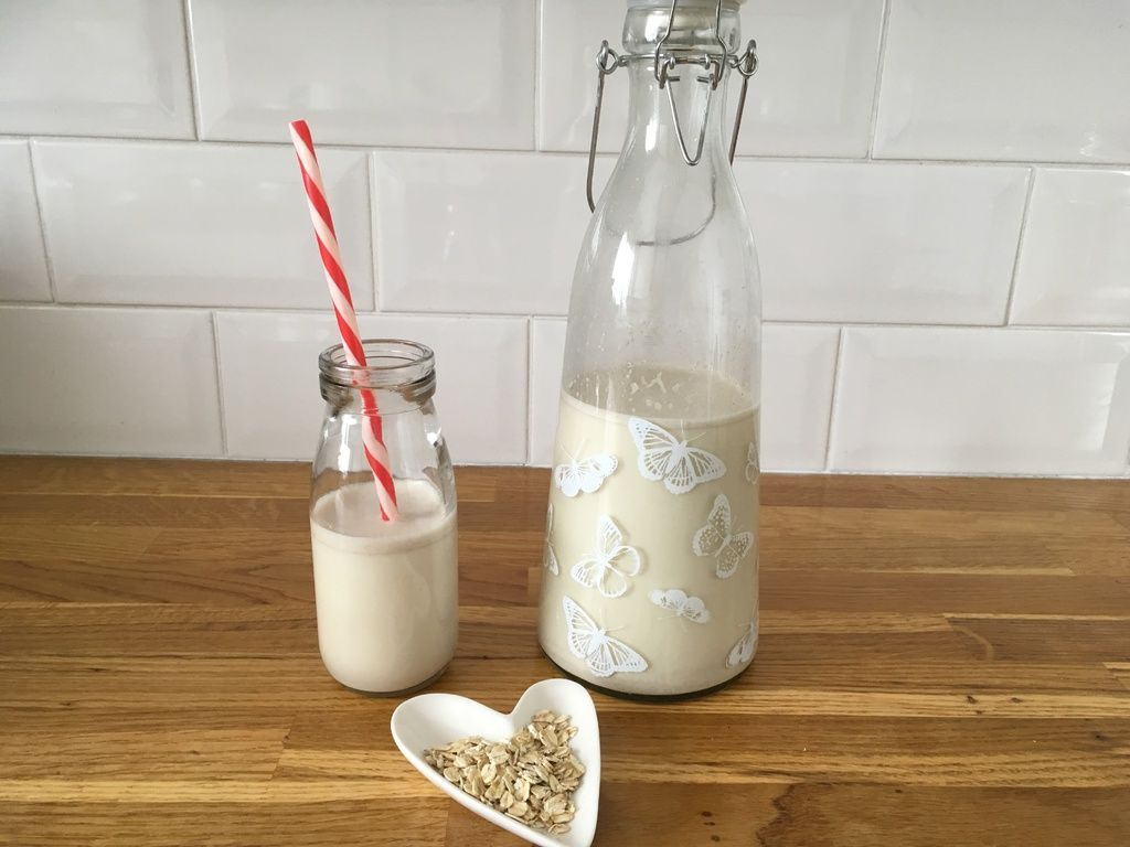 How to save money by making your own oat milk - delcious