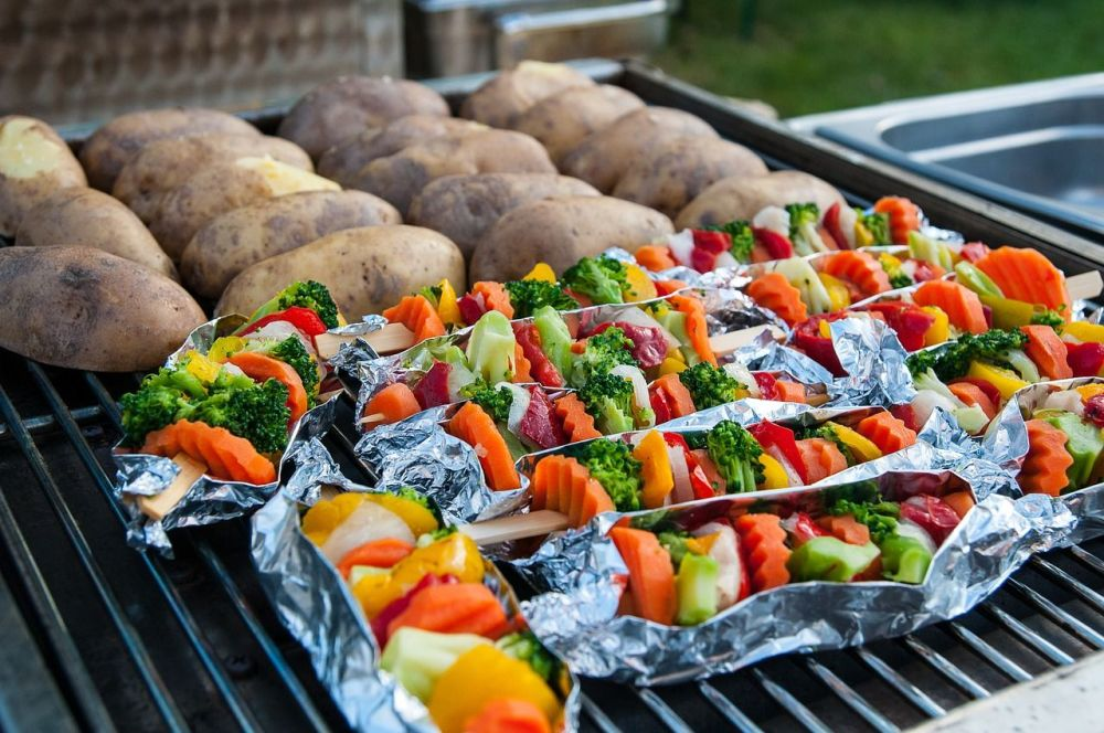 A guide to creating a permanent barbecue pit in your garden - vegan bbq