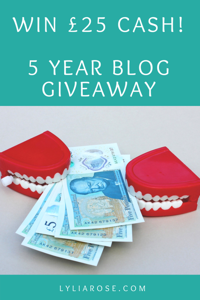 WIN £25 CASH! 5 YEAR BLOG GIVEAWAY