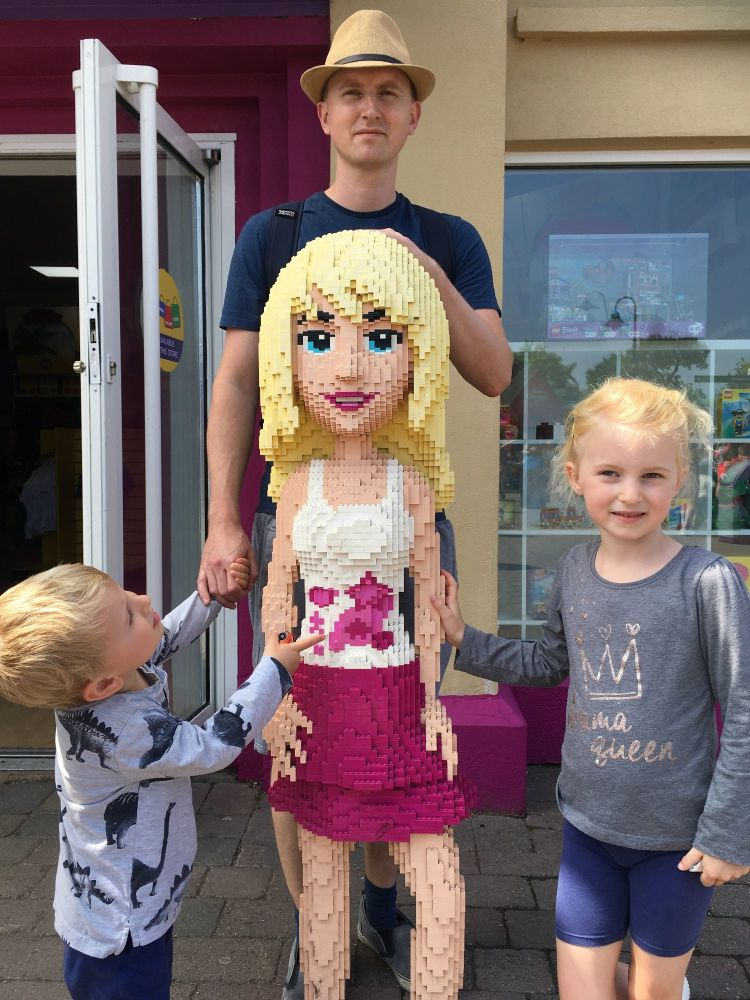 My Very Honest LEGOLAND Windsor Review Friends