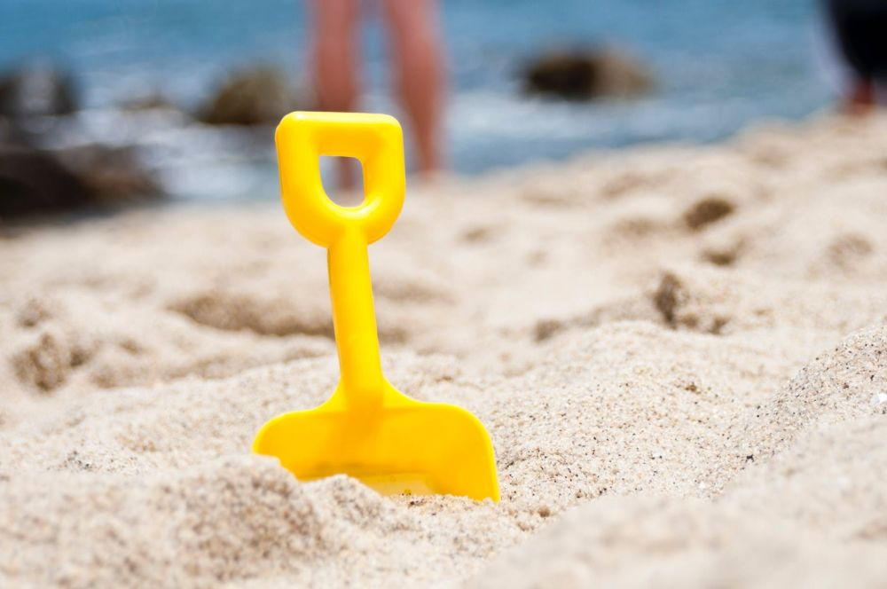 3 Ways to Keep Your Kids Entertained on a Family Road Trip Beach