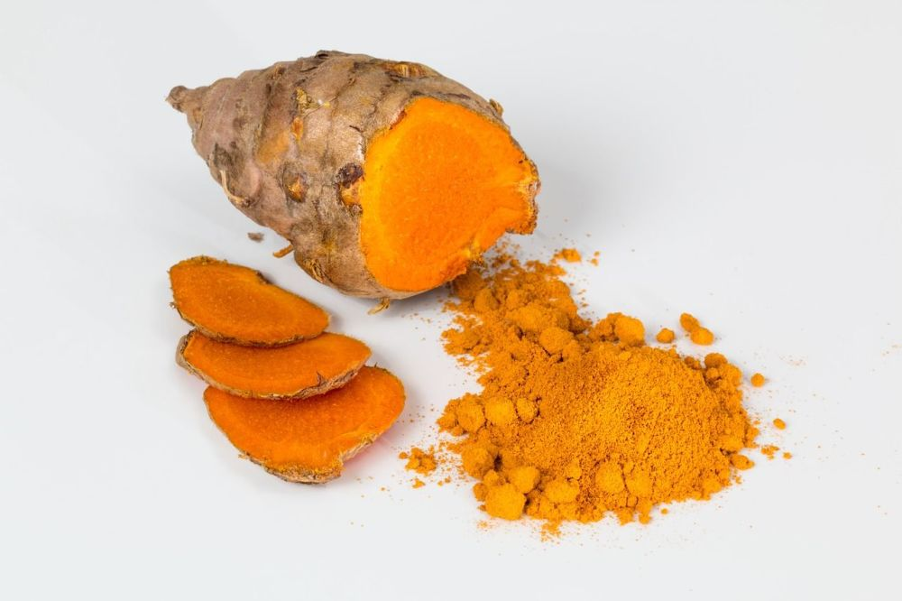 Achieve natural beauty with these holistic health tips turmeric