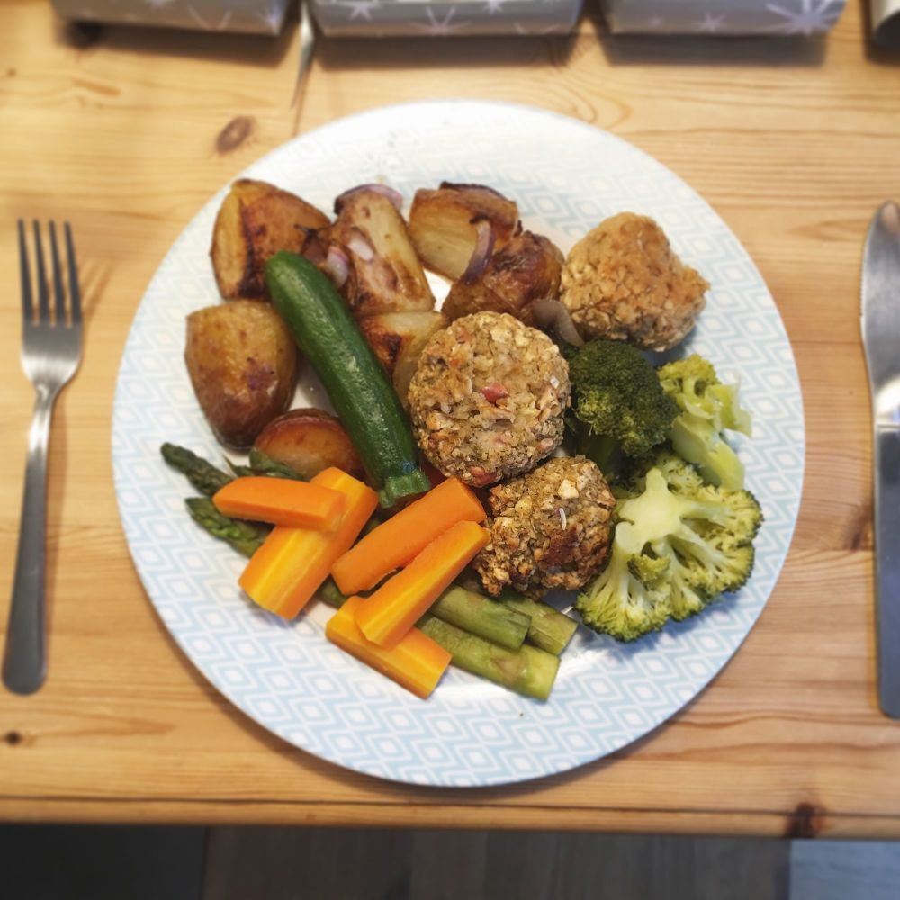 Vegan roast dinner 2017 - Lylia Rose - Victoria Sully