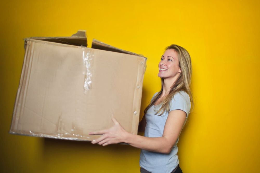 How to cut costs on moving day