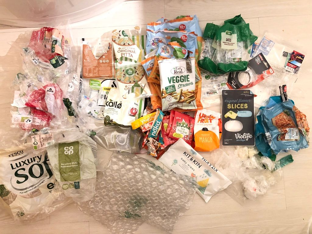 How much single use plastic does a family of four use in a week
