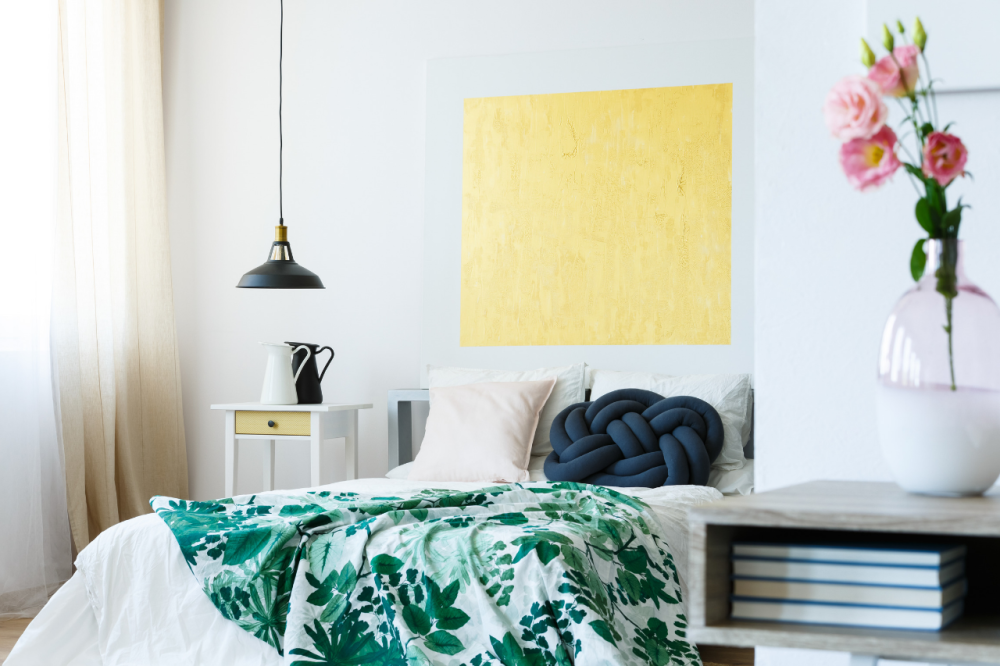 Essential investments to your guest bedroom for Airbnb success (1)