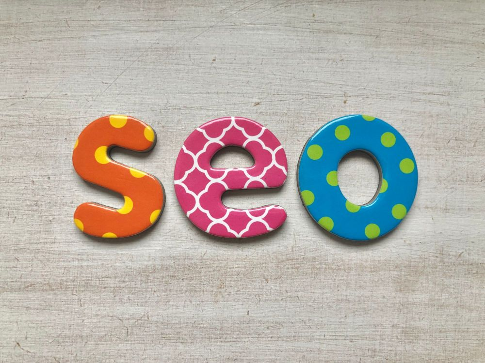 Free stock images for money bloggers - blog alphabet lettering SEO letters