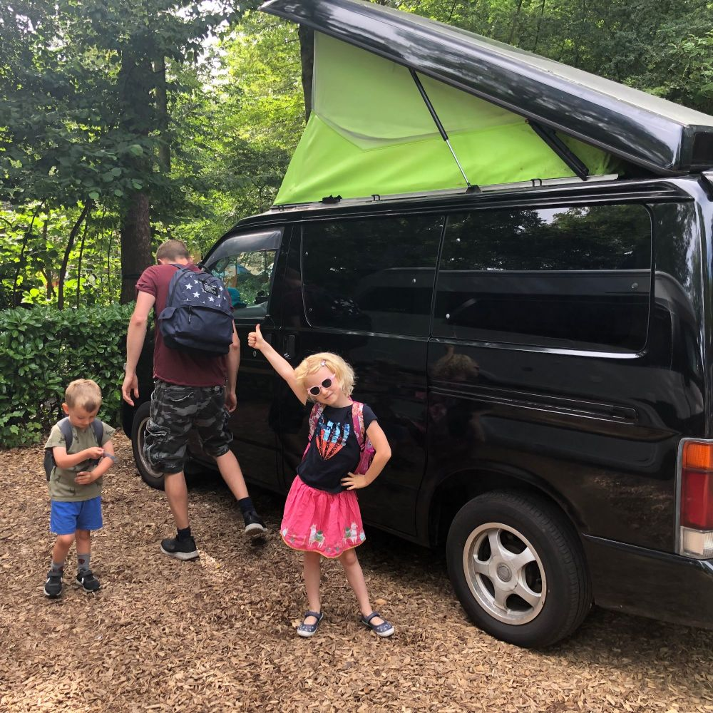 5 ways to save money on a European family road trip