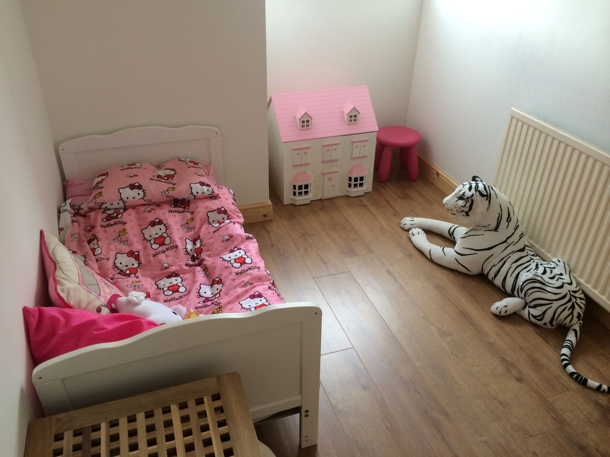 free stock image photo toddler girl pink white bedroom