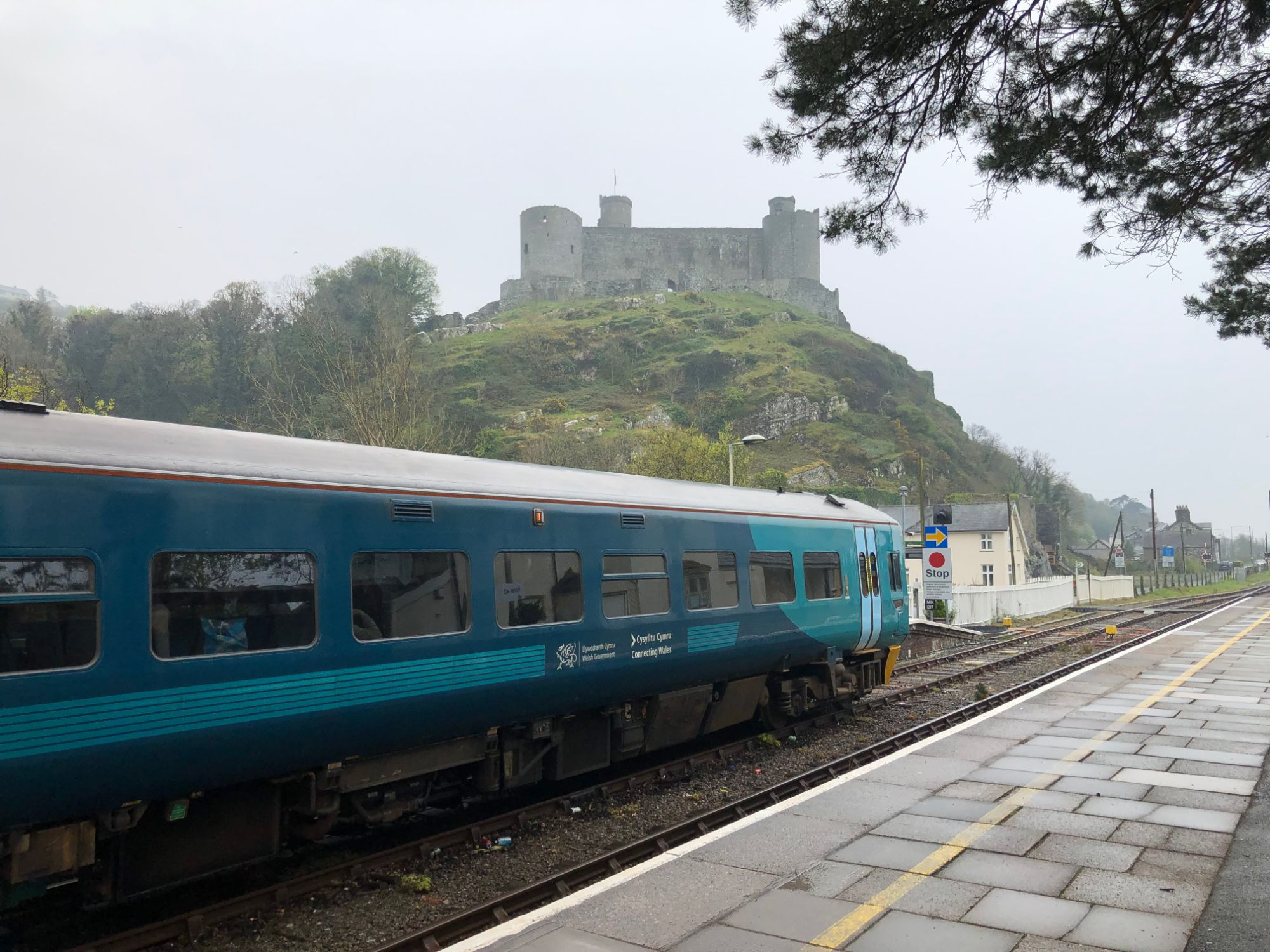 Free stock photo castle Wales train