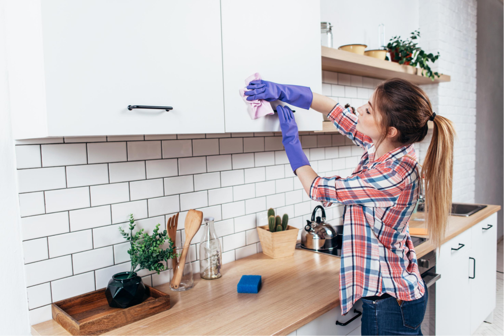 Time saving tips to keep your house clean and tidy