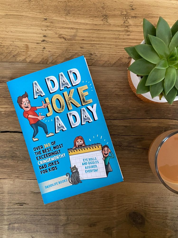 A Dad Joke A Day by Daddilife Books: Review + Giveaway