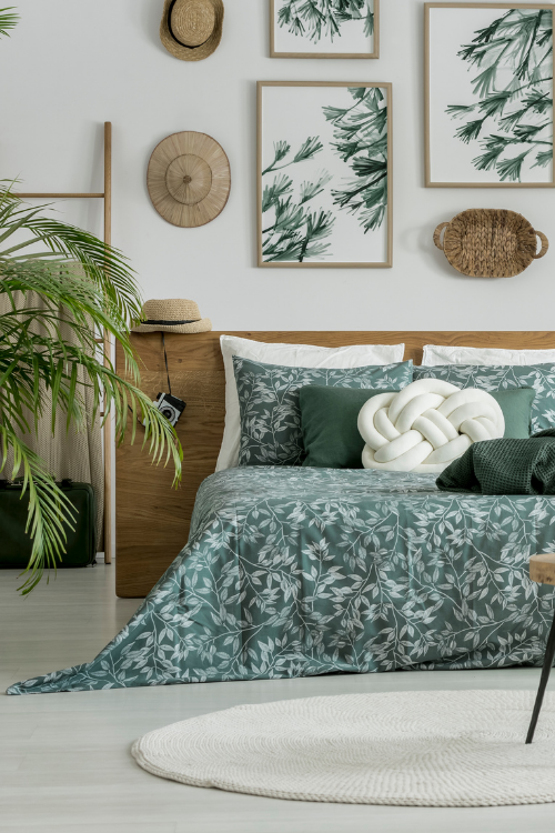 Learn how to decorate with the 2021 hottest decor trend distant shores (3)