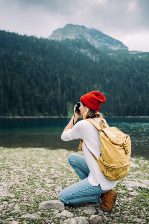 5 ways to make money while travelling