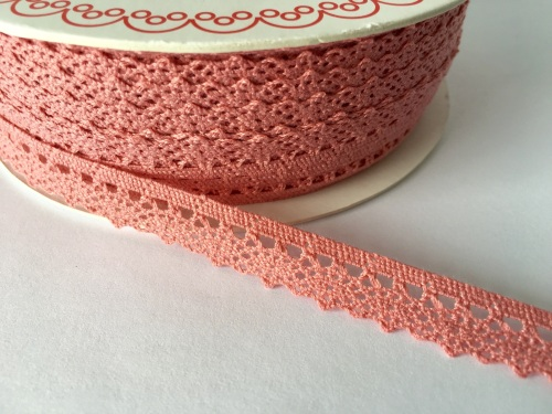 Scalloped Edge Lace Trim 10mm - Blush Pink