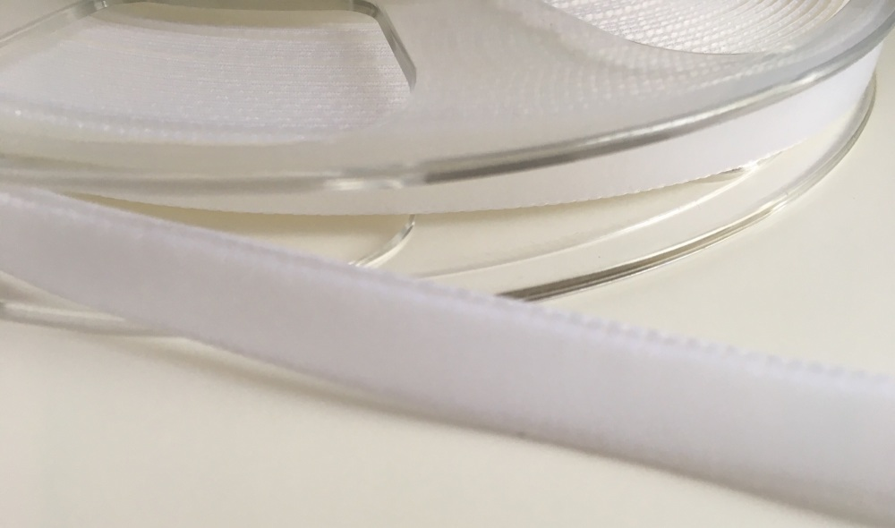 9mm Velvet Ribbon - White