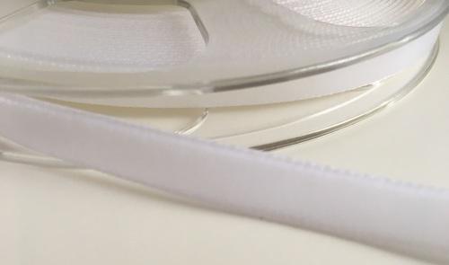 9mm Velvet Ribbon - White